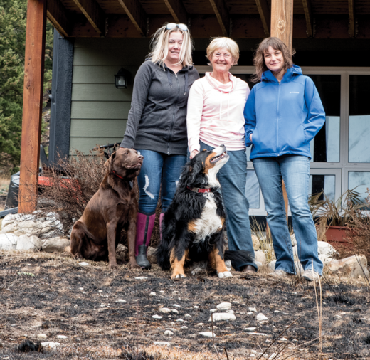 Neighbours stand together through Coleman fire